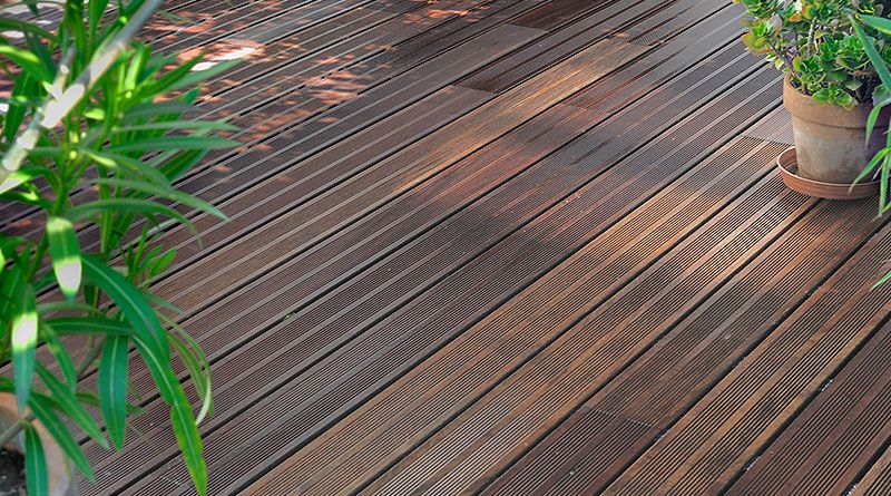 Holzarbeiten im Garten Terrassenbau im Homberg-Holzhausen